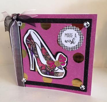 Fab Fashionista Hot pink shoe
